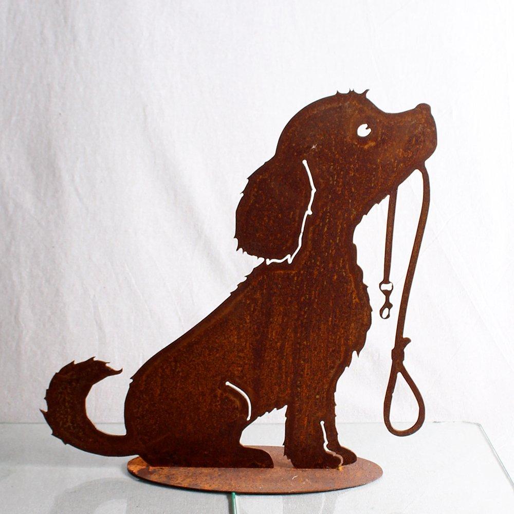 Hunden Lucy med halsbånd 40 cm