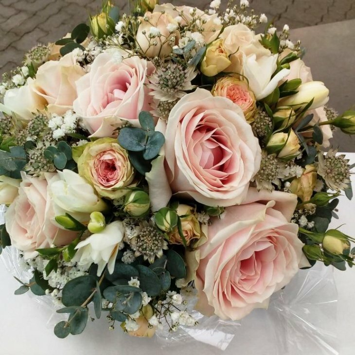 Buket, Rokoko i romantisk rosa og pastel