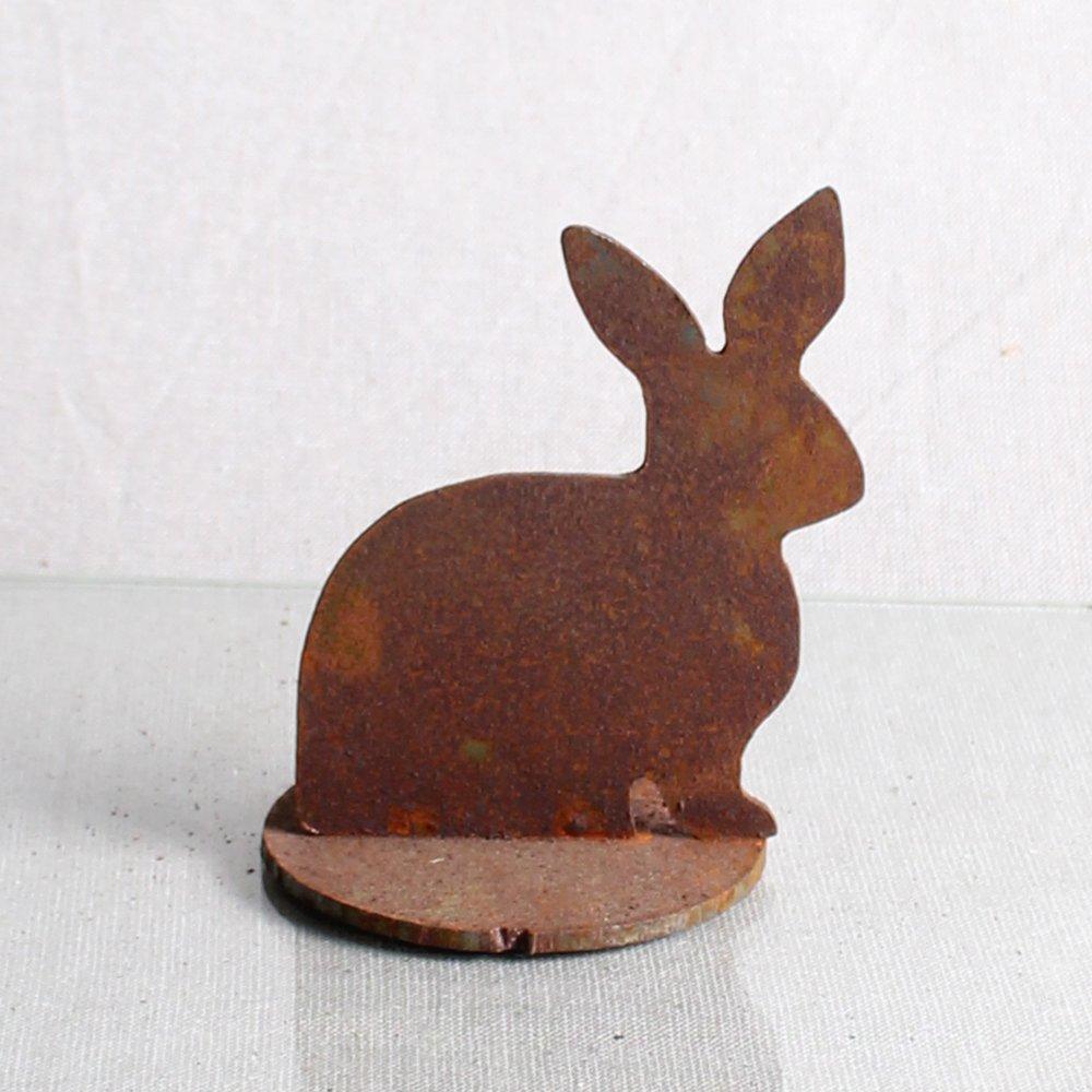 Kanin siddende, 11 cm på jernplade
